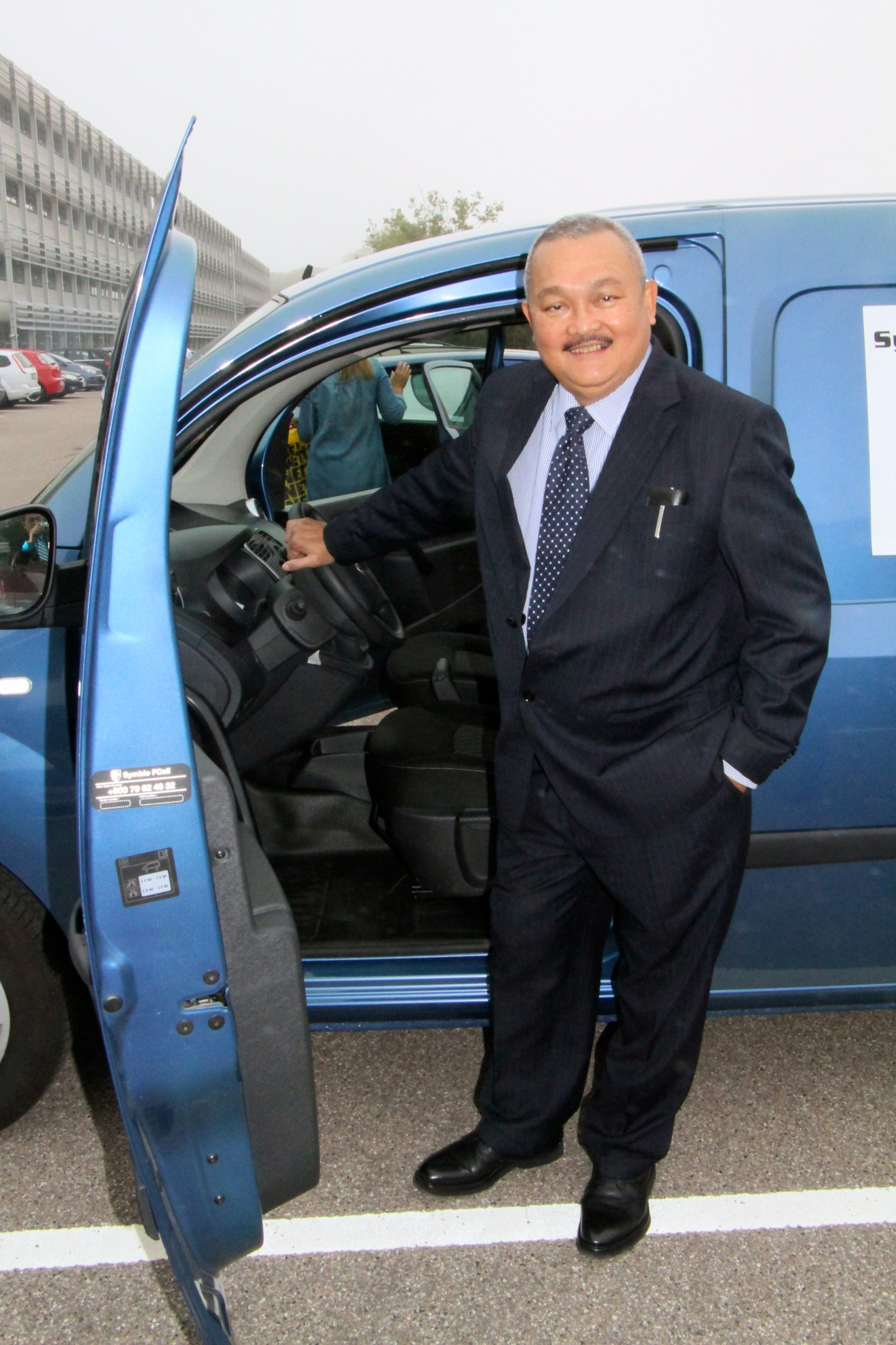 Governor of Sumatra with hydrogen fuel cell vehicle in Denmark